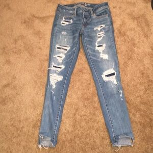 AEO X Super Stretch Distressed Low Rise Jegging